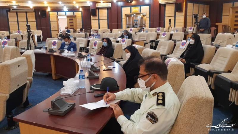 خوشبختانه روند اجرای فاصله گذاری اجتماعی و واکسیناسیون در استان رو به بهبود است